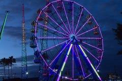 Ferris koło przy półmrokiem Obrazy Royalty Free