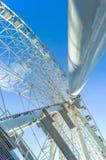 Ferris koło na tle niebieskie niebo Fotografia Royalty Free