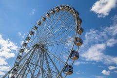 Ferris koła radości nieba park rozrywki Zdjęcia Royalty Free