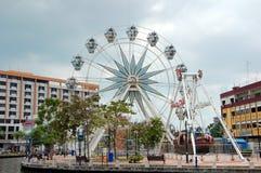 Ferris roda dentro a cidade de Malacca Imagem de Stock