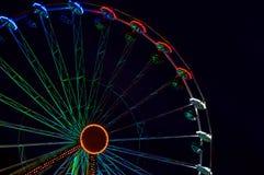 Ferris roda dentro a noite Erfurt, Alemanha Fotografia de Stock Royalty Free
