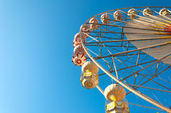 The ferris wheel and blue sky Royalty Free Stock Images