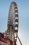 Ferris Wheel con la stella di Sun Immagine Stock Libera da Diritti