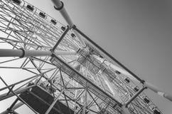 Ferris Wheel Construction imagenes de archivo
