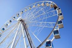 Ferris Wheel in de zomer in Finland royalty-vrije stock foto's