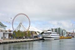 Ferris Wheel, embarcadero de la marina de guerra, Chicago, Illinois, los E.E.U.U. Imágenes de archivo libres de regalías