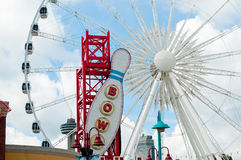 Ferris Wheel en Clifton Hill, chutes du Niagara, Ontario Images stock