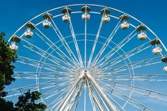 Ferris Wheel In Fun Park fotografía de archivo libre de regalías