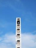 Ferris Wheel grande en ASIATIQUE el distrito de la fábrica de la orilla del río fotos de archivo