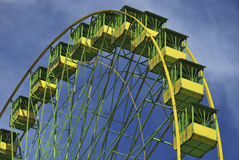 Ferris wheel in greens Royalty Free Stock Photography