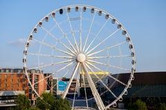 Ferris Wheel in Liverpool het UK royalty-vrije stock afbeeldingen