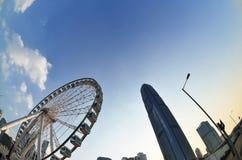 Ferris Wheel som vänder mot IFC-materielfotoet Fotografering för Bildbyråer