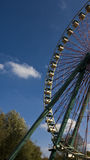 Ferriswheel. A Ferris Wheel agains a bleu sky Royalty Free Stock Photography