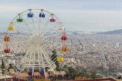 Ferriswheel auf Tibidabo-Vergnügungspark Lizenzfreie Stockbilder