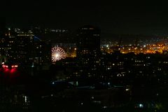 Ferriswiel van Seattle bij nacht stock foto