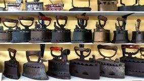 Ferro antigo da lavanderia Foto de Stock