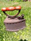 Ferro d'ottone solido del carbone fotografia stock libera da diritti