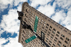 Ferro de passar roupa que constrói NYC Foto de Stock Royalty Free