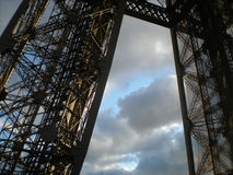 Ferro e céu Foto de Stock Royalty Free