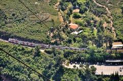 Ferrocarril aéreo en la montaña Montserrat Fotos de archivo libres de regalías