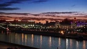 Ferrocarril de Kiev y río de Moscú almacen de metraje de vídeo