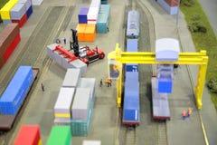 Ferrocarril de la mercancía modelo Fotos de archivo