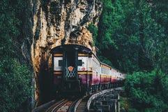 Ferrocarril de la muerte en Kanchanaburi Tailandia fotos de archivo libres de regalías