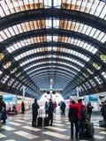 Ferrocarril de Milano Centrale imagen de archivo libre de regalías
