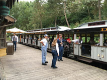 Ferrocarril del parque de Disneyland Foto de archivo