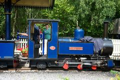 Ferrocarril del vapor de los jardines de Exbury Foto de archivo libre de regalías