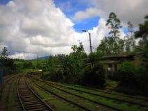 Ferrocarril en Sri Lanka en el viaje de Asia Fotos de archivo