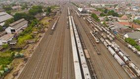 Ferrocarril en Surabaya Indonesia imagenes de archivo
