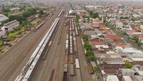 Ferrocarril en Surabaya Indonesia almacen de metraje de vídeo