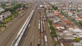 Ferrocarril en Surabaya Indonesia almacen de video
