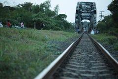 Ferrocarril en Tailandia imagenes de archivo