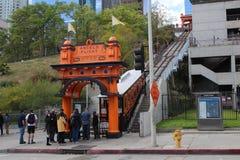 Ferrocarril funicular del vuelo de los ángulos en Los Ángeles céntrico California Imágenes de archivo libres de regalías