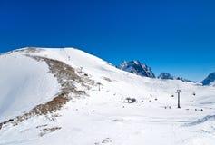 Ferrocarril funicular en las montañas Foto de archivo libre de regalías