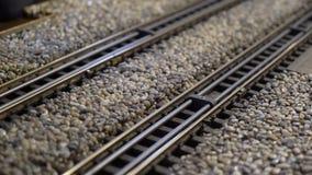 Ferrocarril modelo de la escala de los trenes metrajes