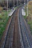 Ferrocarril vacío, visión superior desde el puente Foto de archivo