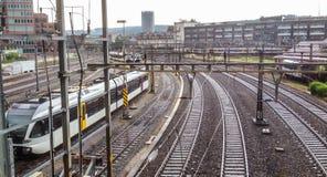 Ferrocarril y empalme con el interruptor del ferrocarril Foto de archivo libre de regalías
