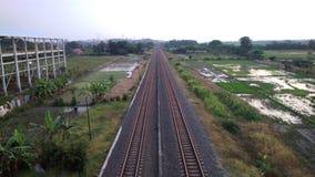 Ferrocarril y naturaleza foto de archivo