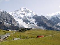Ferrocarriles de Jungfrau Fotos de archivo libres de regalías