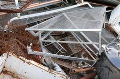 ferroso en un vertido para el reciclaje de residuos imagenes de archivo