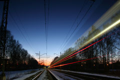 Ferrovia alla notte Fotografie Stock Libere da Diritti