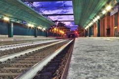 Ferrovia del treno di Lit Immagini Stock