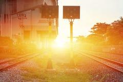 Ferrovia della città del tramonto Fotografia Stock Libera da Diritti