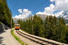 Ferrovia della montagna, alpi svizzere Fotografie Stock