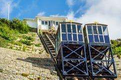 Ferrovia della scogliera, ferrovia funicolare dell'ascensore del cavo, nel vill della spiaggia Immagini Stock Libere da Diritti