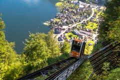Ferrovia di cavo fra Hallstatt ed il picco di Salzberg Fotografia Stock Libera da Diritti