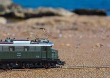 Ferrovia di modello PIKO, locomotiva elettrica E44 immagine stock libera da diritti